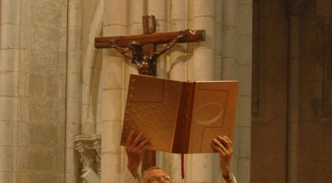 Elévation de l'Evangéliaire
